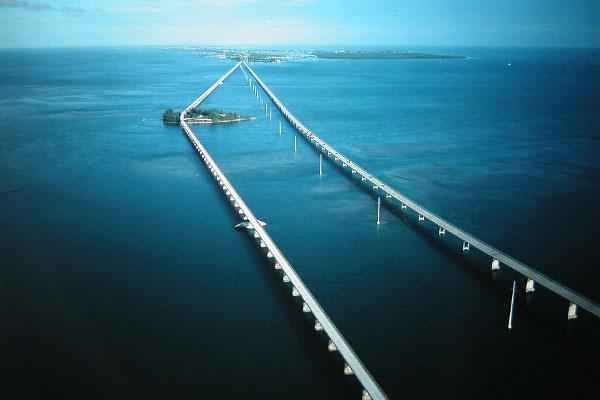 Семи мильный мост во Флориде
