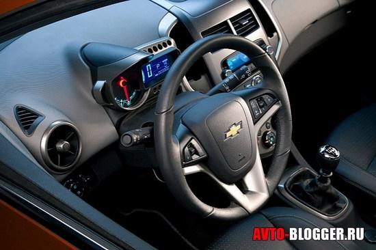 Салон Chevrolet AVEO 2011