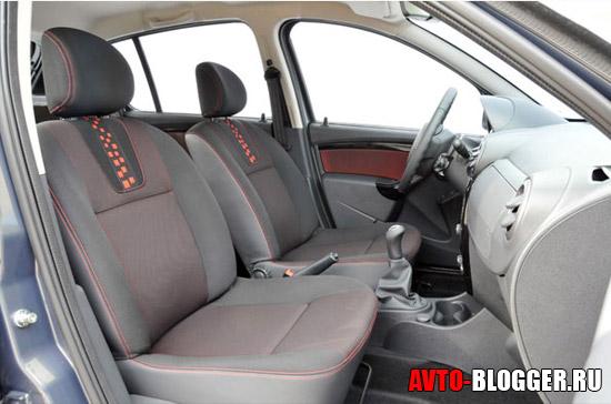 Renault Sandero. передние сидения