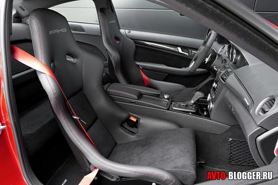 Спортивные сидения AMG