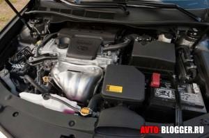 Новая Toyota Camry, двигатель
