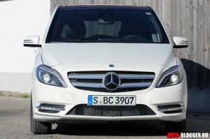 Mercedes Benz B Class 2012 года, фото 5