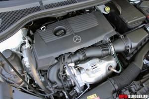 Mercedes Benz B Class 2012 года, двигатель, фото 1