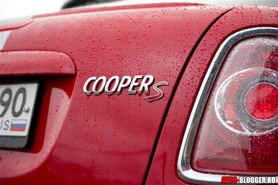 надпись COOPER S