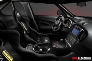 Тюнинг Nissan Juke R, салон, фото 1