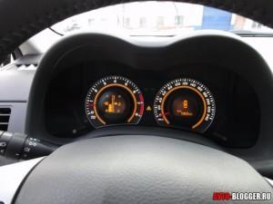панель приборов Toyota Corolla, фото 2