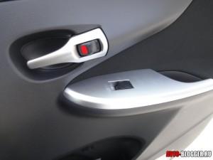 дверь пассажира Toyota Corolla