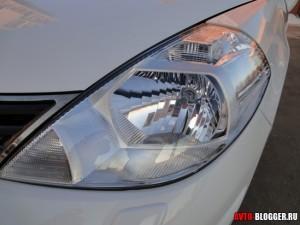 Nissan Tiida, передние фары, фото 2
