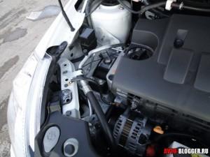 Nissan Tiida, двигатель, фото 2