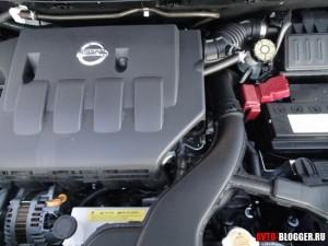 Nissan Tiida, двигатель, фото 3