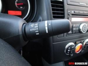 Nissan Tiida, управление оптикой и стеклоотистителями, фото 2