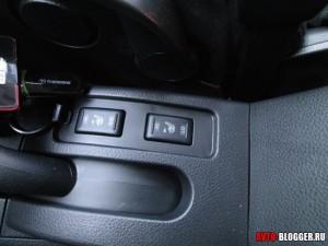 Nissan Tiida, подогрев передних сидений