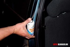 смазка уплотнителя двери автомобиля
