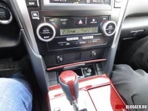 Toyota Camry, управление климат контролем