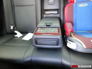 Toyota Camry, задний диван