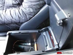 Toyota Camry, подлокотник