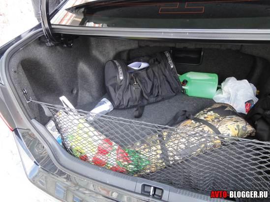сетка в багажнике