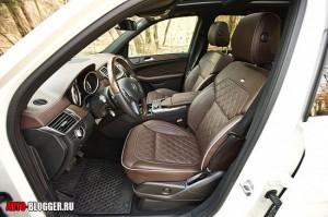 Mercedes Benz ML350, салон, фото 5