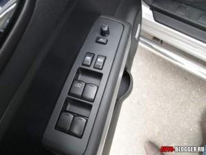 Nissan X-Trail, передняя дверь, блок управления стеклами и зеркалами