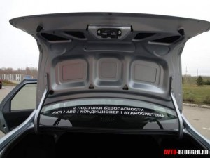 Лада Гранта автомат, багажник, ребра жесткости