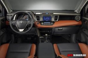 Toyota RAV4, салон 1