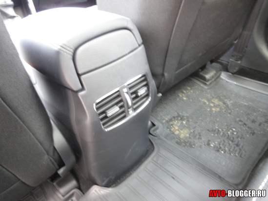 воздуховоды для задних пассажиров