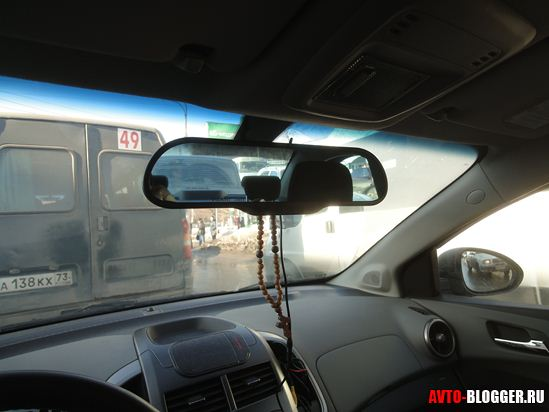 Крепление в автомобиле