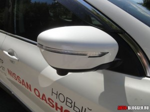 Зеркала со светодиодными повторителями сигнала