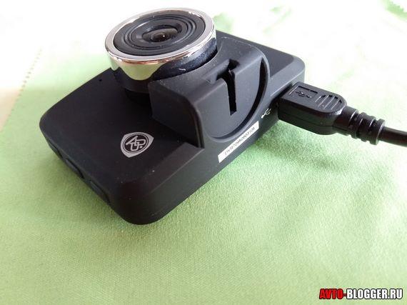 подключил USB кабель