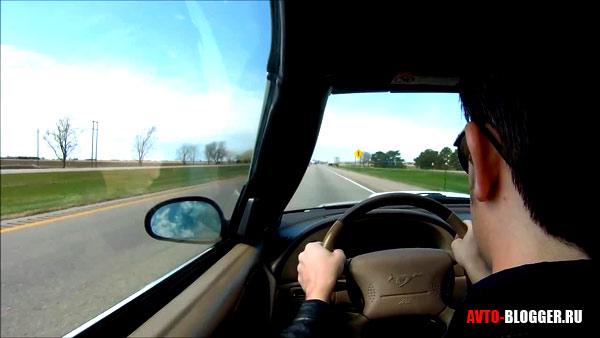реакция водителя за рулем
