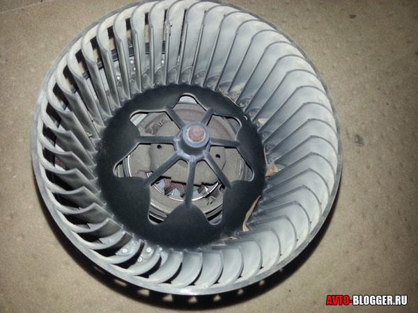 Шумит моторчик печки ваз 2114