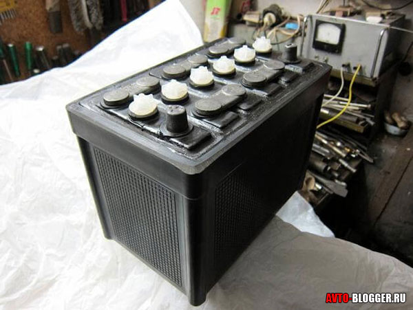 старый тип аккумулятора