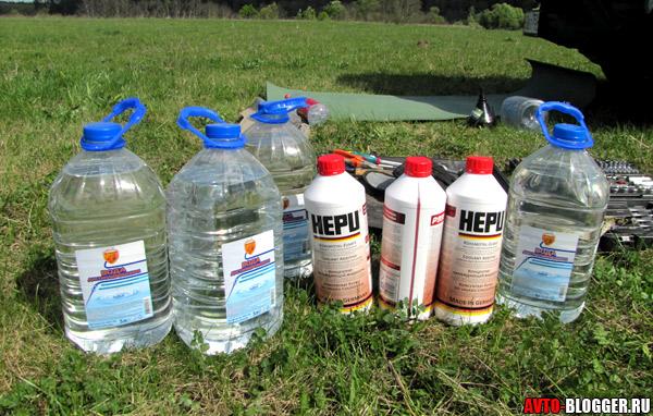 Сколько литров охлаждающей жидкости